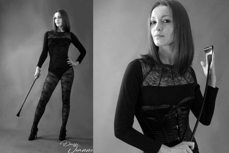 photos corset cravache