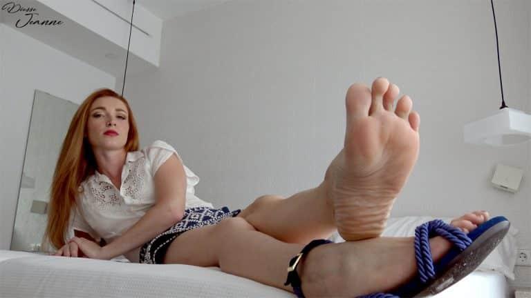 larbin de pieds gynarchiste