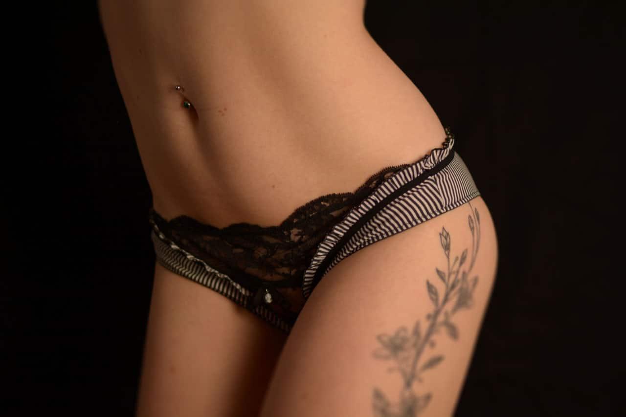 amateur fétichiste de lingerie fine pour femme