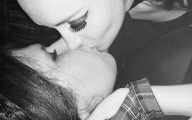 récit lesbien cuckolding femmes lesbiennes qui s'embrassent